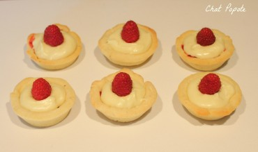 Mini tartelettes au chocolat blanc et framboises