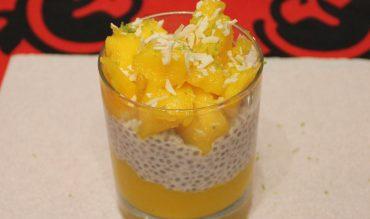 Chia Pudding au lait de coco, mangue et citron vert