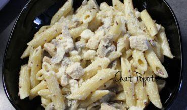 Pennes au poulet et champignons sauce moutarde