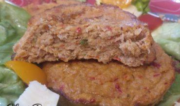 Steak de thon aux poivrons marinés