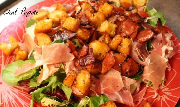 Salade au jambon cru et croutons au chorizo