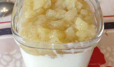 Compotée de poires à la vanille et fève Tonka